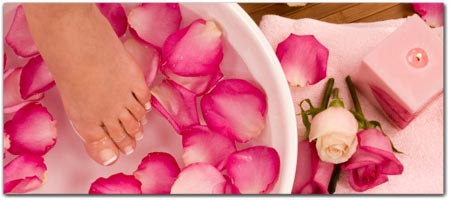 Click for more information on <center>MENDOCINO SPAS & SALONS</center>.